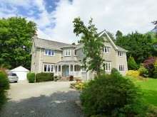 Imposing detached five bedroom residence located on a sought after road in Tavistock...
